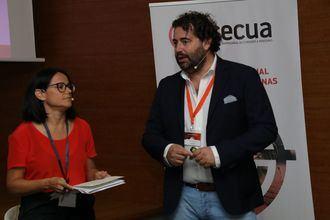 Presentación de CECUA, Andrés Rodríguez y Cinta Pascual.