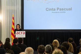 La presidenta de Acra, Cinta Pascual, en la entrega de los Premis Acra