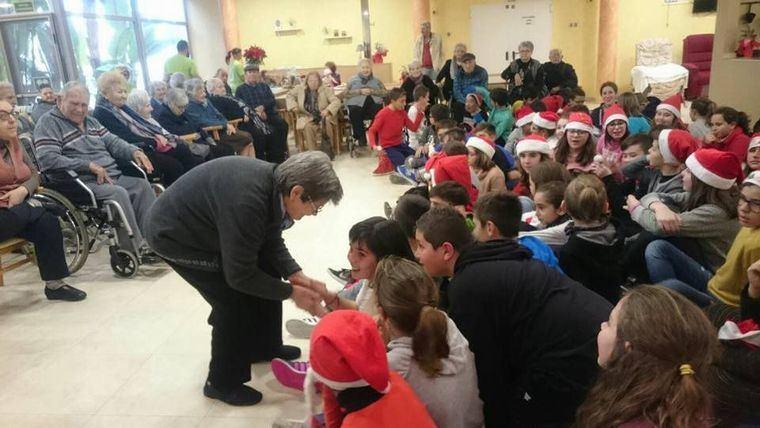 Las residencias se vuelcan con los mayores en Navidad