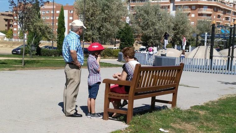 El abogado responde: ¿Qué pueden hacer los abuelos que no ven a sus nietos?