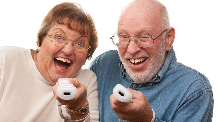 Jugar a videojuegos ayuda a reducir el deterioro cognitivo asociado a la edad