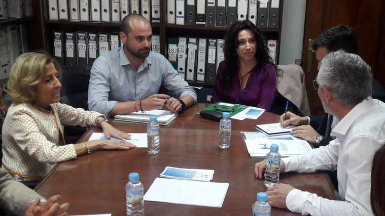 La Junta de Andalucía se compromete a mantener el nivel de ocupación de plazas en dependencia