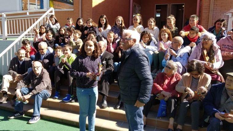 Proyecto intergeneracional de Amavir Villanueva de la Cañada con el colegio María Moliner.