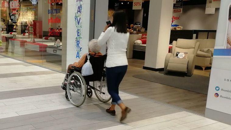 180.000 cuidadoras no profesionales de personas dependientes recuperan las cotizaciones