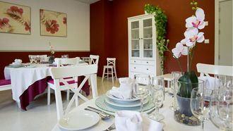 Comedor de invitados en la residencia de Orpea en Las Rozas