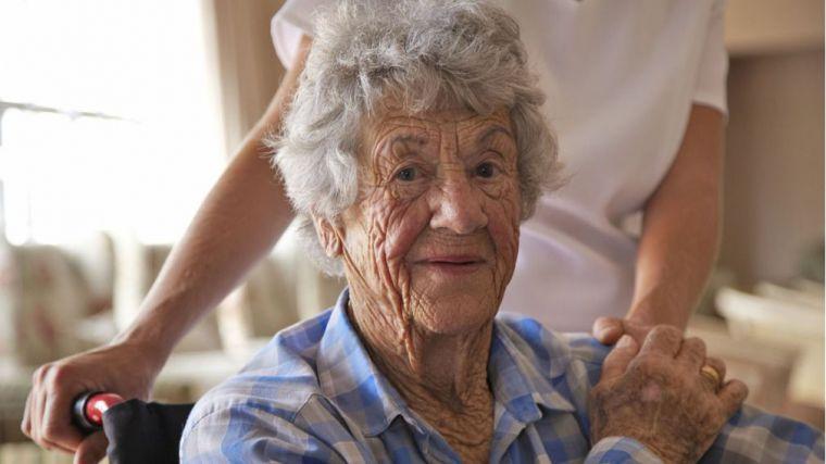 Sanitas recuerda que el envejecimiento activo garantiza la calidad de vida de las personas mayores