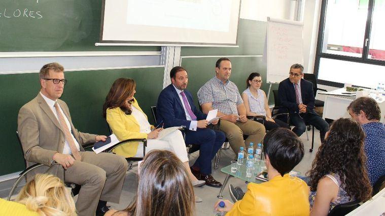Curso de verano El buen trato a las personas mayores organizado por AESTE y la Universitas Senioribus CEU