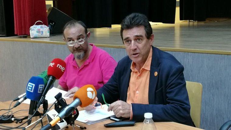 José Manuel Ramírez y Luis Barriga de la Asociación de Directoras y Gerentes de Servicios Sociales