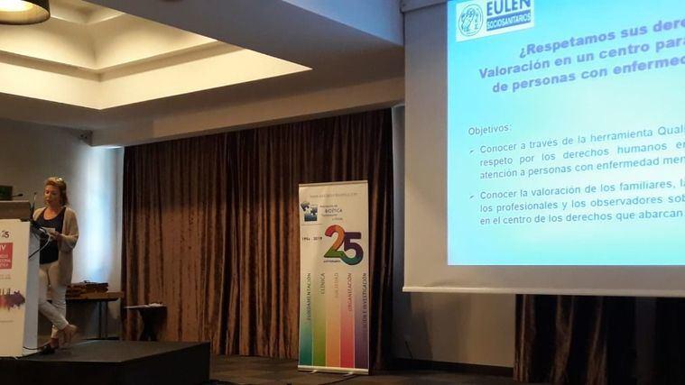 La coordinadora de un centro para personas con diversidad funcional de Valencia, Amparo Mauri, en el Congreso Internacional de Bioética.