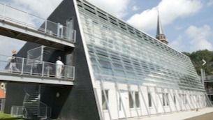 Arquitectura y residencias: Un complejo para mayores en Holanda que confunde exterior e interior
