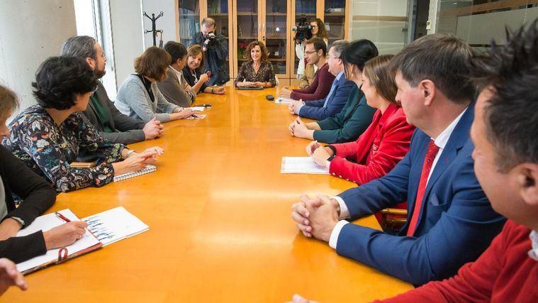 """Cantabria suspenderá de forma temporal la norma de acreditación de la Dependencia para buscar una """"solución de consenso"""""""