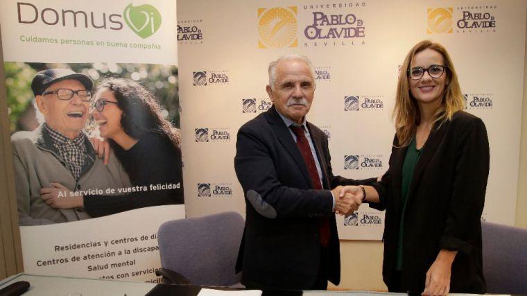 DomusVi y la Universidad Pablo de Olavide colaboran en la formación del alumnado a través del voluntariado.