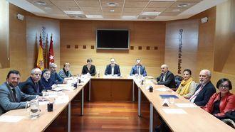 El consejero Alberto Reyero, con la patronal y los sindicatos para mejorar la atención a los mayores.