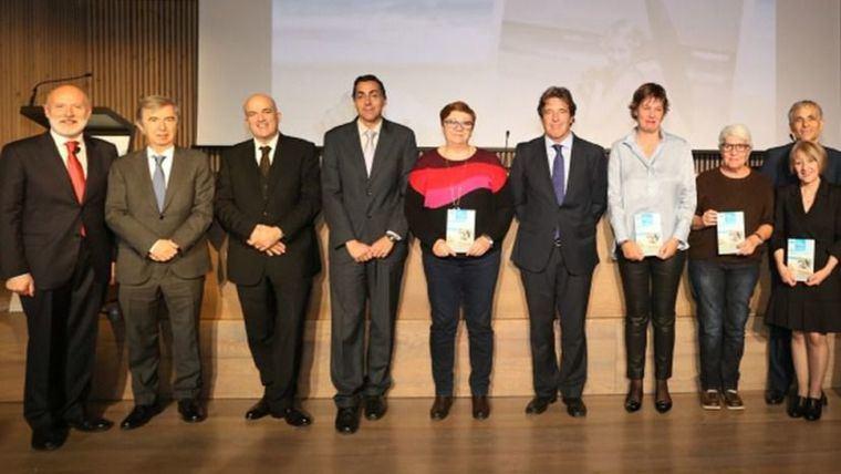 Sanitas Mayores presenta 'Siempre en mi recuerdo', un libro de relatos
