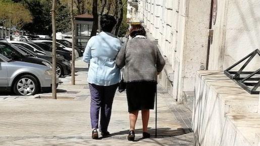 El 78% de los cuidadores no profesionales de dependientes sufre cansancio crónico