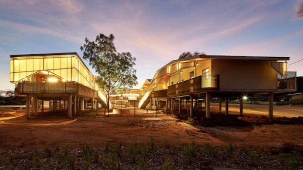 Arquitectura y Residencias: Centro pensado para la comunidad aborigen del Occidente Australiano