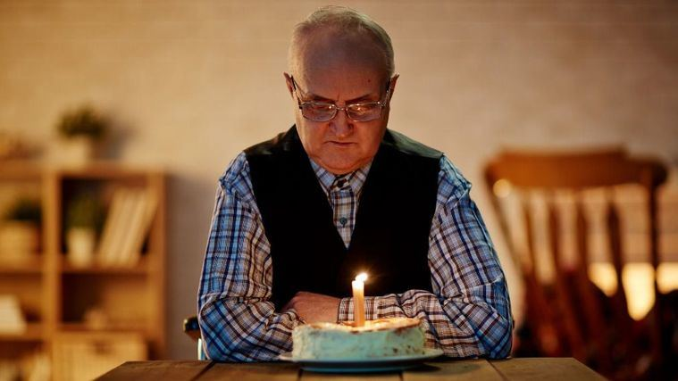 Eulen Sociosanitarios crea un servicio que mide la soledad de las personas mayores y propone alternativas