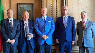 El presidente de ECHO, J. Alberto Echevarría; vicepresidente,  Bernd Meurer; secretario general, Alberto de Santis; y tesorero, Averardo Orta.