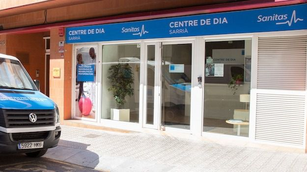 El centro de día Sanitas Sarriá programa cursos para 'Formar al Cuidador' de personas dependientes