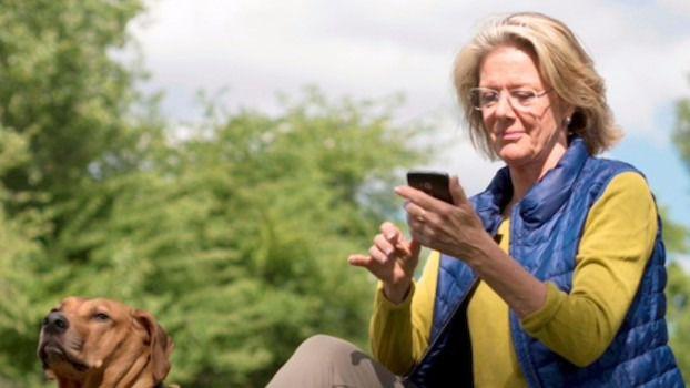 ¿Están preparadas las personas mayores para dar el salto al smartphone?