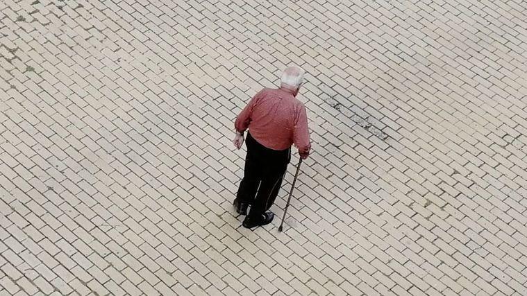 Visto en el exterior: Reabren las residencias chinas de persona mayores en zonas de riesgo bajo o medio