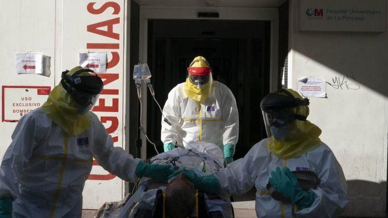 La Comunidad de Madrid medicaliza 232 residencias durante la pandemia