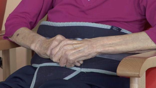 Sujeciones físicas en personas mayores institucionalizadas