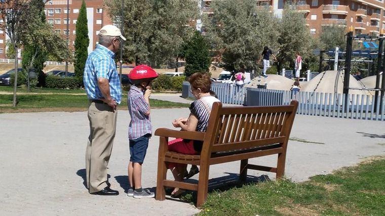 La Fundación Edad&Vida destaca el papel de los abuelos en nuestra sociedad, también en la nueva normalidad