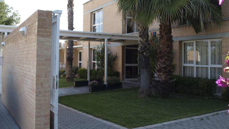 Las residencias de la Comunidad Valenciana con covid caen casi un 20% en menos de una semana