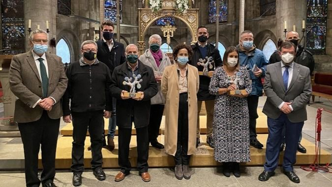 Homenaje a los fallecidos en residencias y a sus trabajadores durante la pandemia.