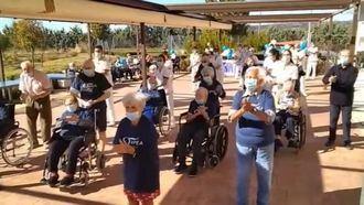ORPEA Villanueva de la Cañada animando a luchar juntos contra el coronavirus.