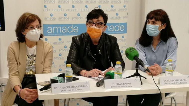 Inmaculada Cerejido, Pilar Ramos y Sonia Villaroel, en la presentación del vídeo de AMADE sobre las residencias y la Covid.