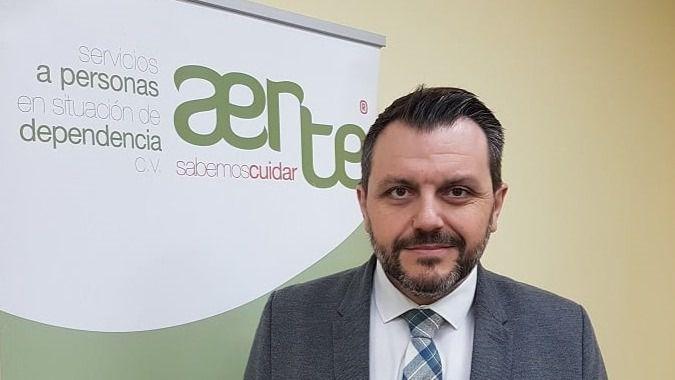 AERTE lamenta que la Generalitat Valenciana no trate el contacto físico en las residencias