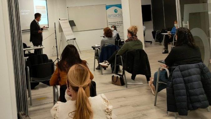 AMADE crea un curso de directores de centros de servicios sociales basado en la práctica profesional
