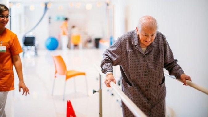 Residencia Allegra explica cómo trabajar la autoestima en adultos mayores