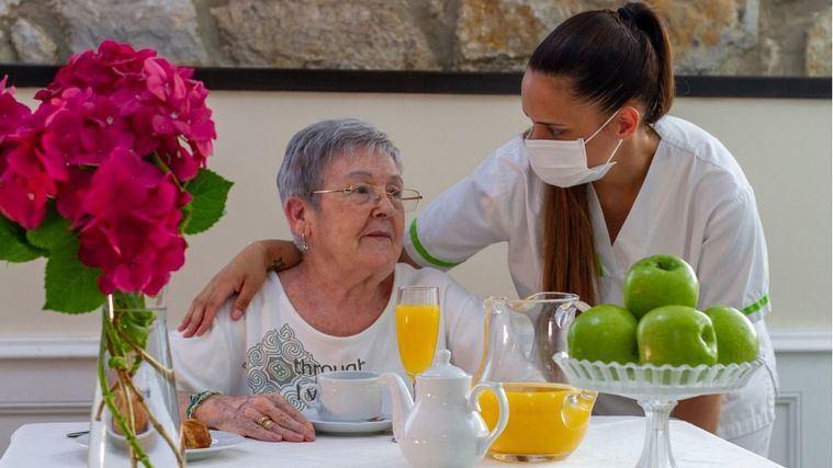 El 94% de los españoles valora de una forma muy positiva la labor de las residencias de personas mayores