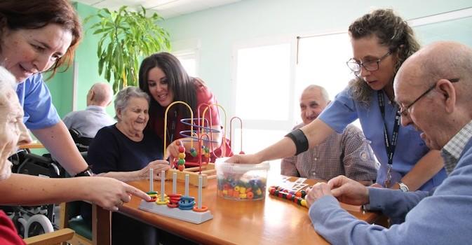 ¿Sabe cuál es el momento idóneo para decidir ingresar en una residencia geriátrica?