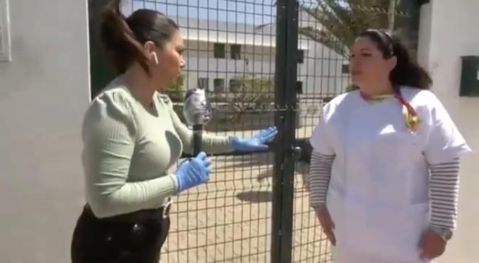La directora de Amavir Tías en Lanzarote explica en televisión la situación frente al covid-19
