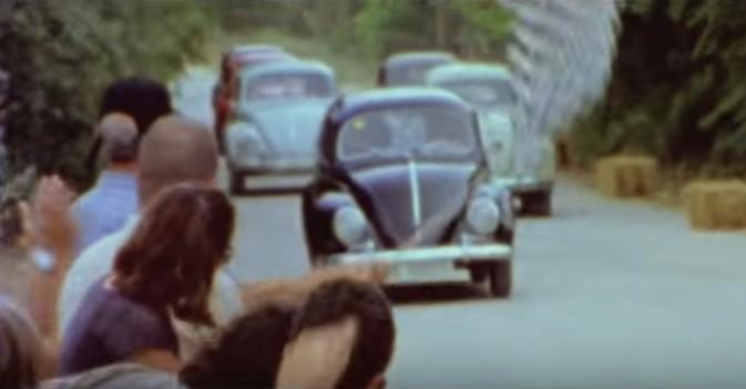 """Visto en la red: Su sueño era correr un rally con su """"escarabajo"""" y al final, lo consigue"""