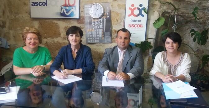 Atenzia ofrece beneficios especiales en su servicio de teleasistencia para los miembros de ASCOL