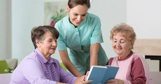 SUPER Cuidadores concede cinco becas por residencia para obtener el certificado de profesionalidad