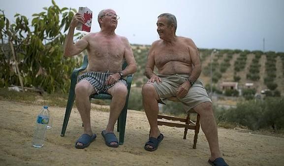 El calor y las personas mayores: recomendaciones básicas