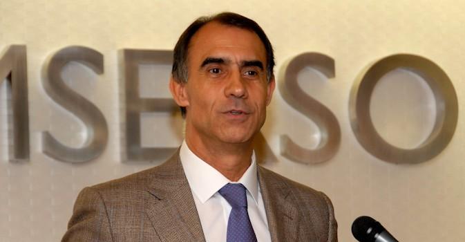 Cofares ficha a César Antón