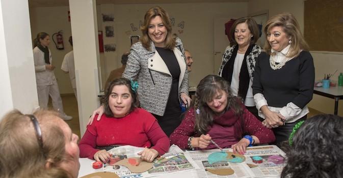 Susana Díaz quiere incorporar al sistema de atención a los dependientes de Grado I