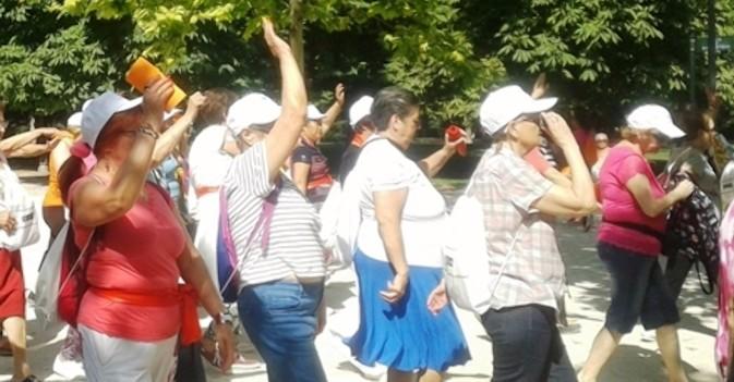 ILUNION Sociosanitario promueve el ejercicio al aire libre en El Retiro