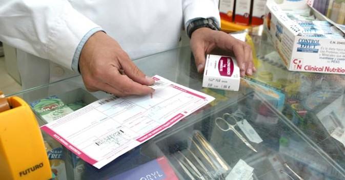Sanidad estudia cobrar más por los medicamentos a los jubilados que tengan pensiones más altas