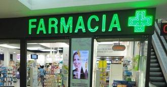 Las farmacias vascas difunden una guía para fomentar el buen trato a las personas con demencia