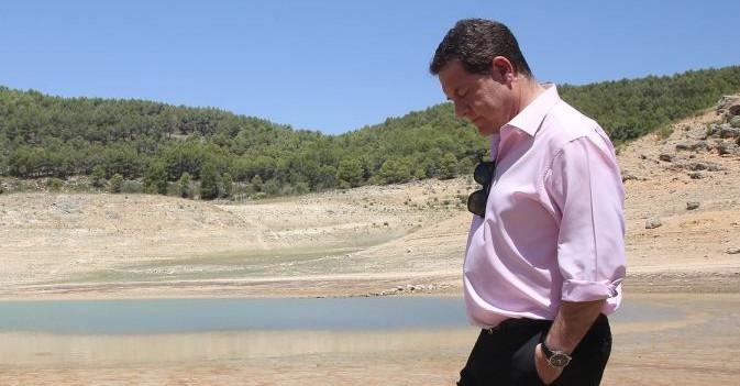 La Plataforma de la Dependencia otorga a García-Page el premio 'Gente sin alma'