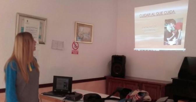 ILUNION Sociosanitario imparte en Torremolinos un taller para que las personas mayores eviten caídas