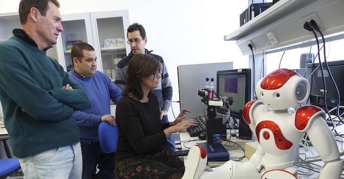 Investigadores de la UJA trabajan para crear un robot que